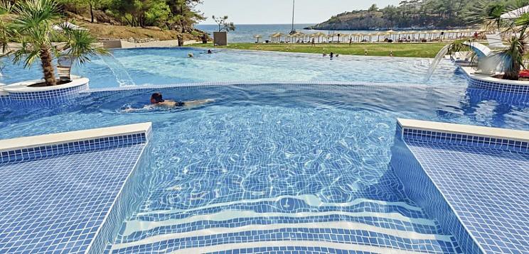 Thassos Grand Resort Touristicservice Gmbh